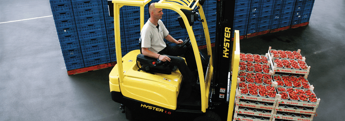 J1_6-2_0XN-Electric-Counterbalanced-Forklift-Truck-App1