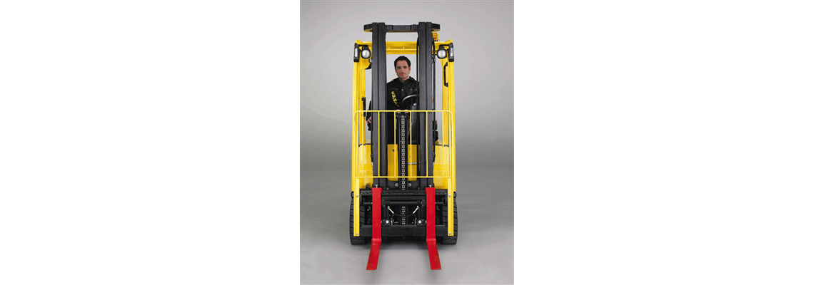 J1_6-2_0XN-Electric-Counterbalanced-Forklift-Truck-App6